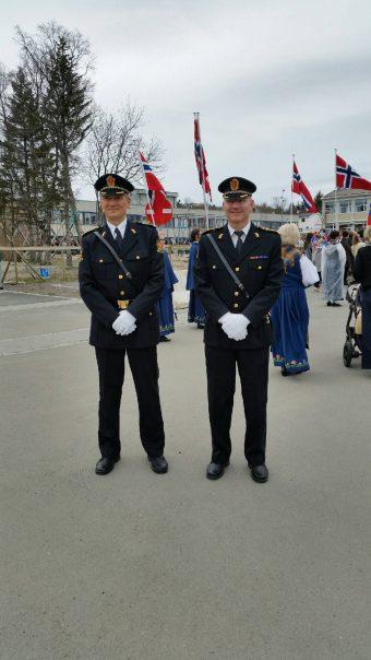 @politiMHPD:  Lensmann, både ny og gammel, leder an 17